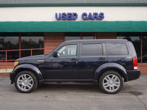 PRE-OWNED 2011 DODGE NITRO HEAT 4WD
