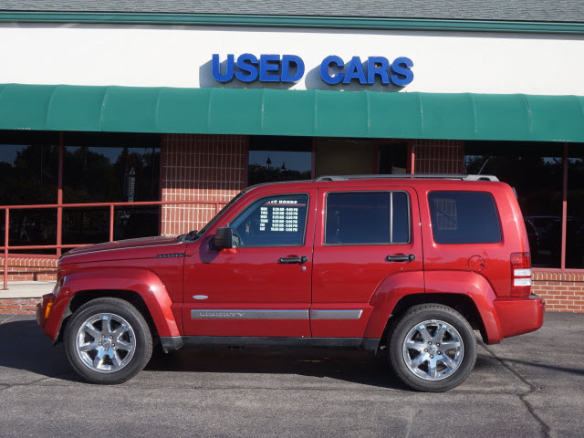 Pre-Owned 2012 Jeep Liberty Latitude