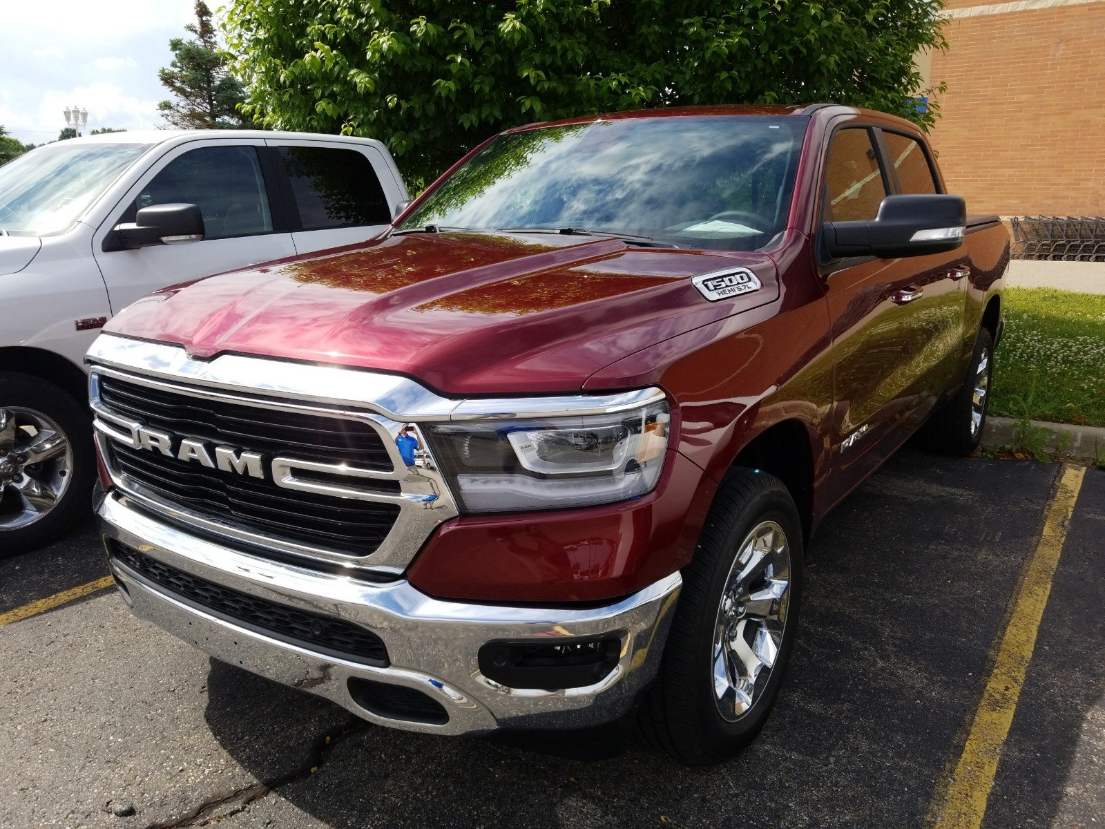 New 2019 RAM All-New  1500 Big Horn/Lone Star Demo