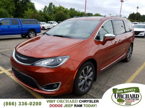 New 2018 CHRYSLER Pacifica Limited Demo